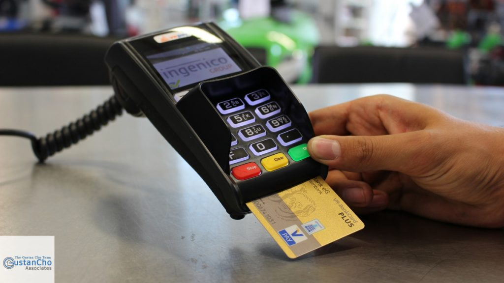 Credit Scores Versus Credit Payment History