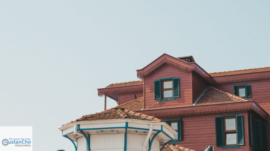Why Illinois home values are falling