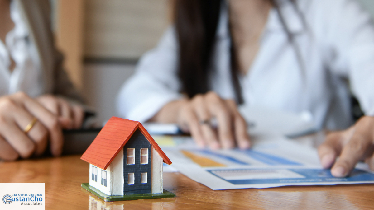 What is the scenario of the case of preferred lenders recommended by constructors