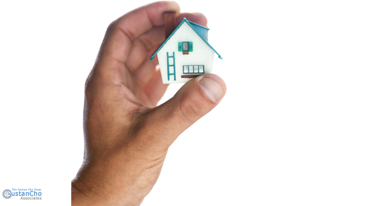 What are the minimum credit standards for FHA loan approval?