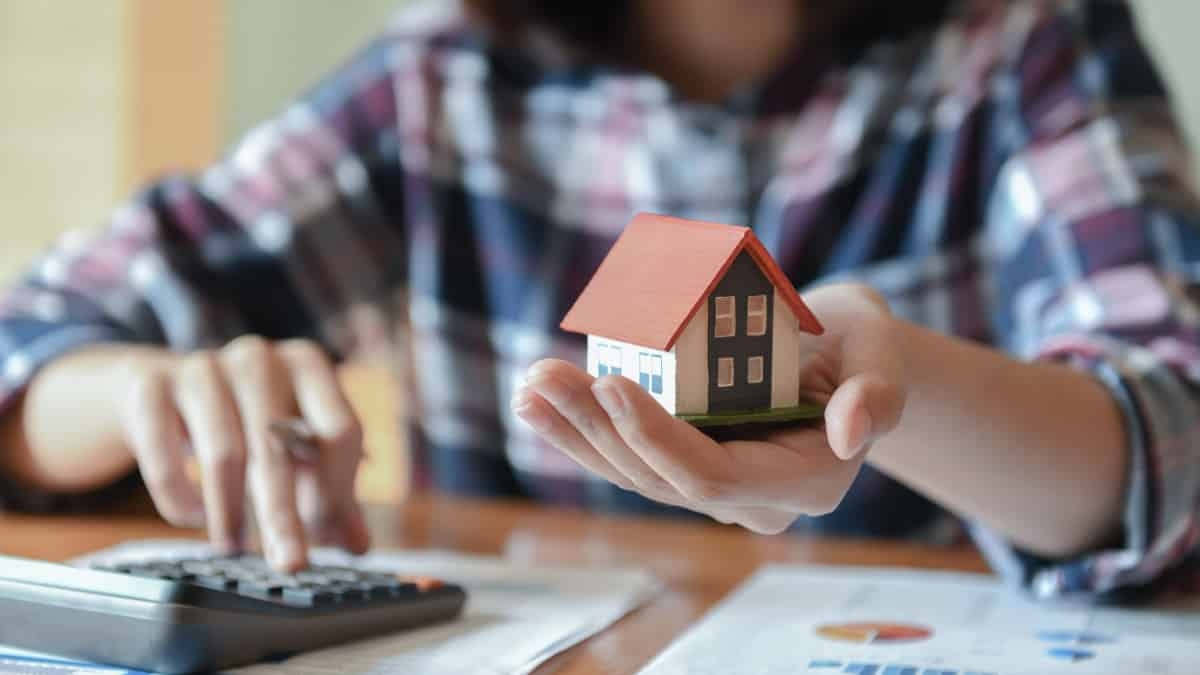 Why Refinance FHA To Conventional Loan?