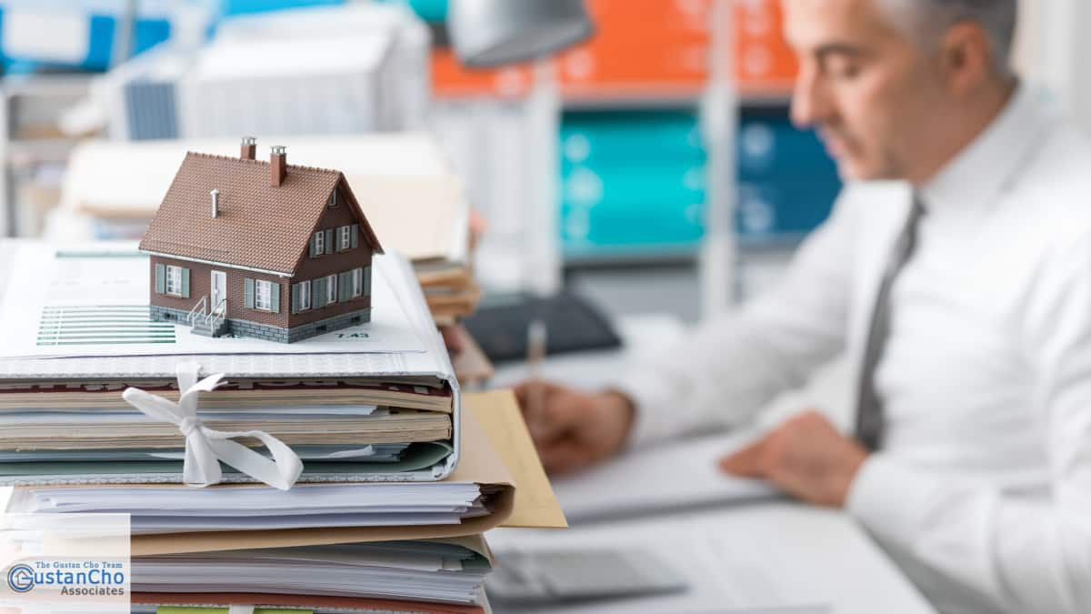 What Are Conventional Loans Versus Government Insured Loans