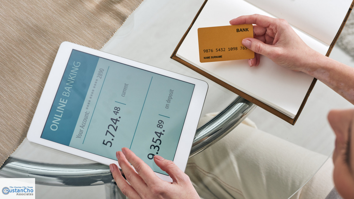 What are the pros and cons of being an authorized credit card user
