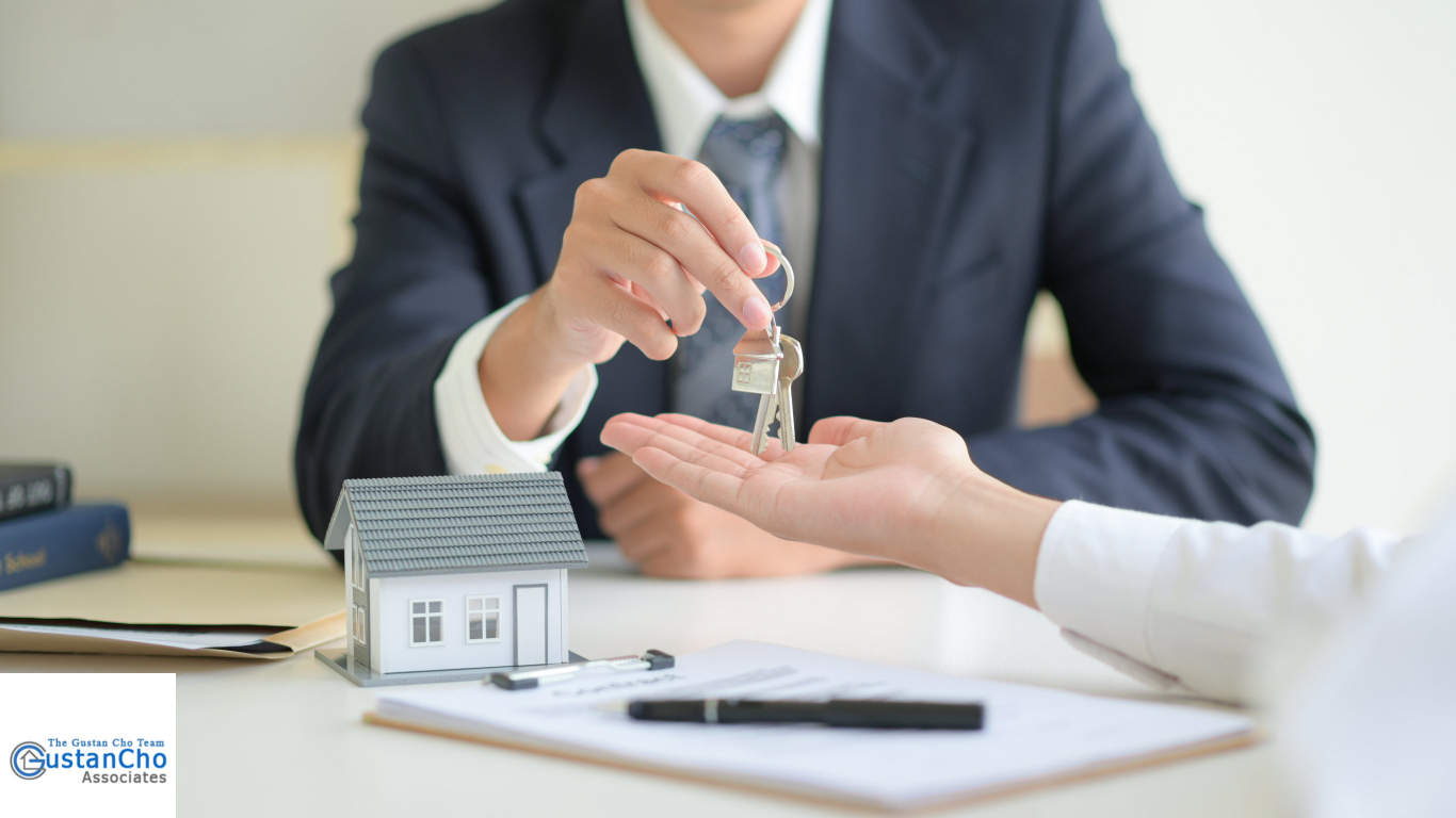 What is the difference between mortgage brokers versus mortgage bankers