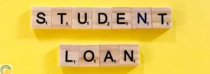 What are the mortgage agency guidelines for federal versus privately outstanding student loans