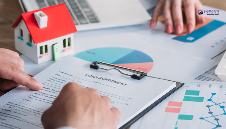 Difference Between Mortgage Lender Versus Servicer